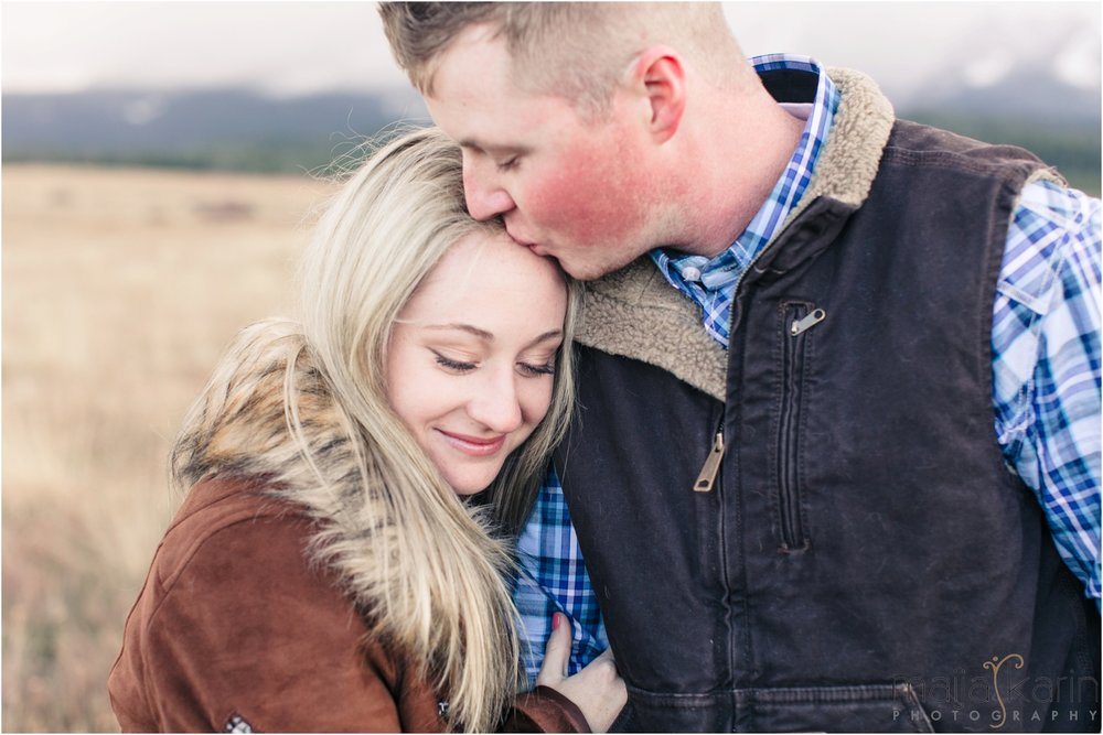 Stanley-Lake-Engagement-portraits-Maija-Karin-Photography_0025.jpg