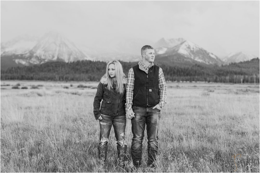 Stanley-Lake-Engagement-portraits-Maija-Karin-Photography_0028.jpg