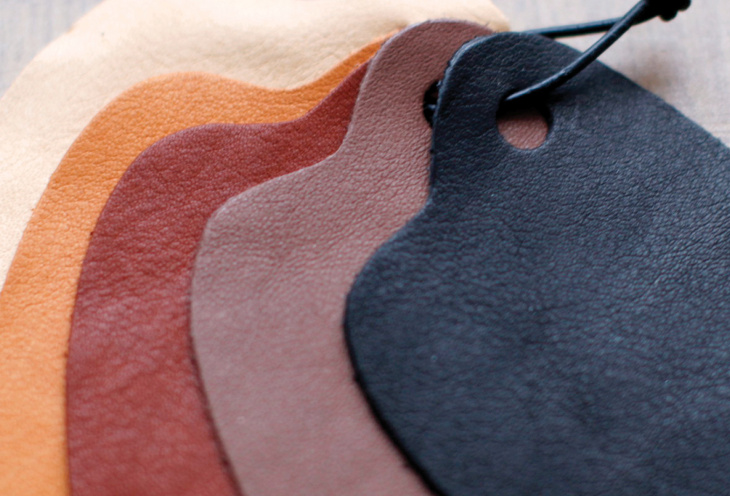 Leather-aniline colouring.jpg