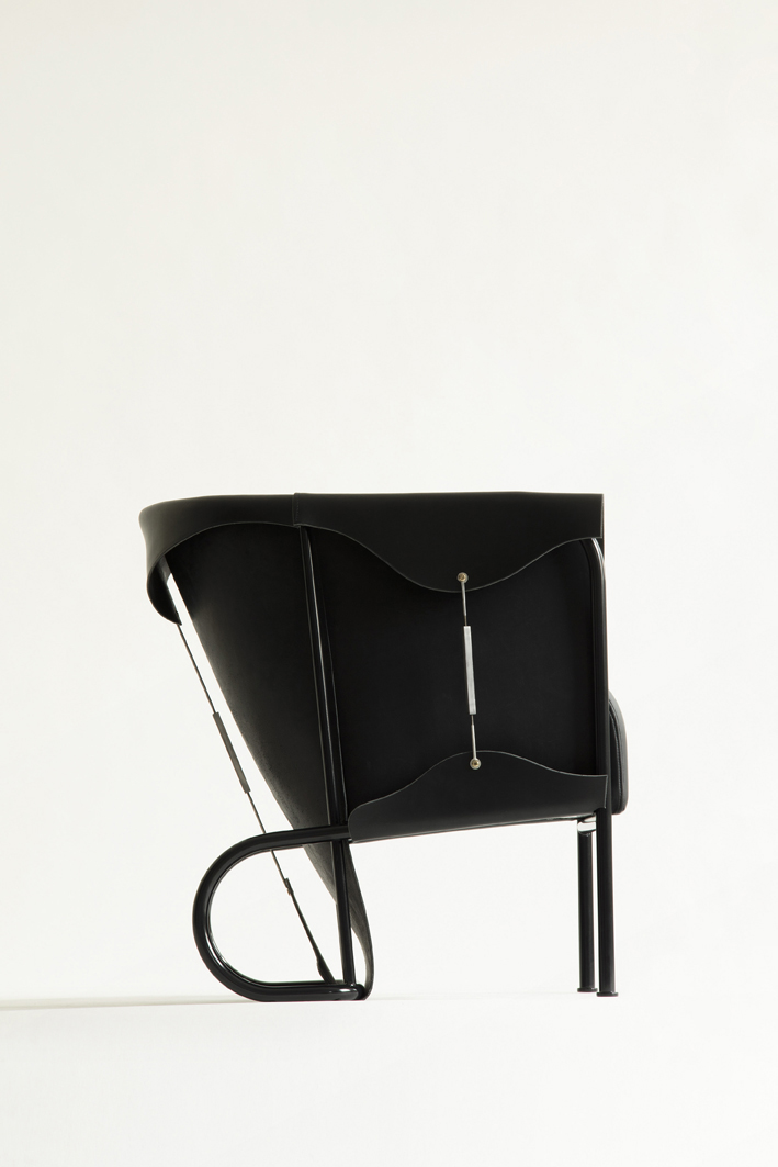 On display 'The Club Chair'. Produced & Designed by Glen Baghurst  Photo: Gustaf Johansson & Oscar Wettersten