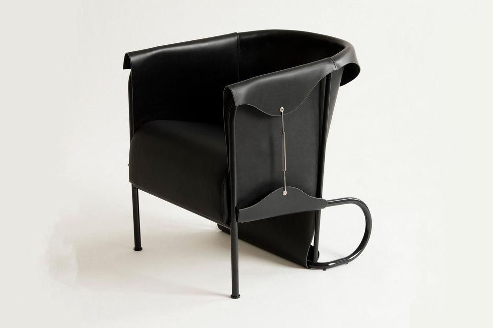 Club Chair_GlenBaghurst 2.jpg