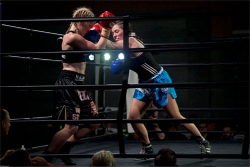 Katie Quick vs Rebecca Jennings - (Photos by Tim Hill of NITROMedia)