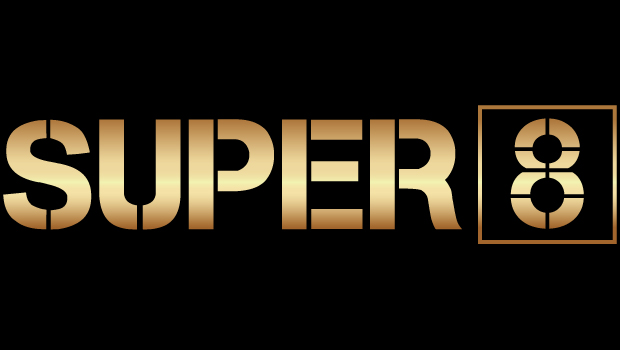 Super 8 boxing