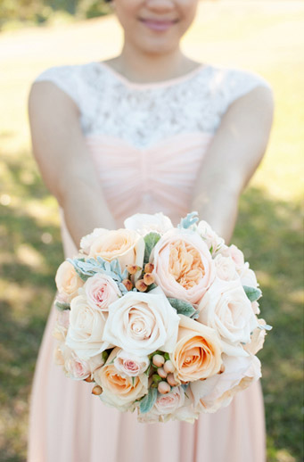 peach-apricot-wedding-flowers-bouquet-auckland.jpg