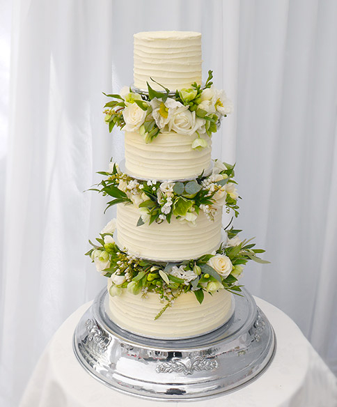 Cake flowers blossom wedding flowers wedding cake white green flowers aucklandg junglespirit