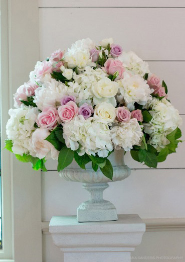 flower-arrangement-wedding-ceremony-auckland-pink-lavender.jpg