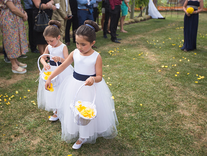 yellow-rose-petal-basket-flower-girl-wedding-flowers-auckland.jpg