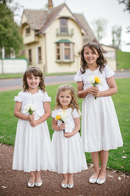 yellow-flower-girl-posy-wedding-auckland.jpg