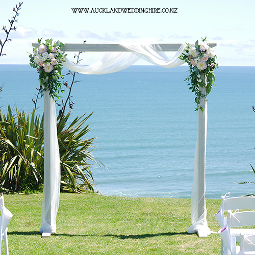 white-wash-wooden-wedding-arch-vintage-lrg.jpg
