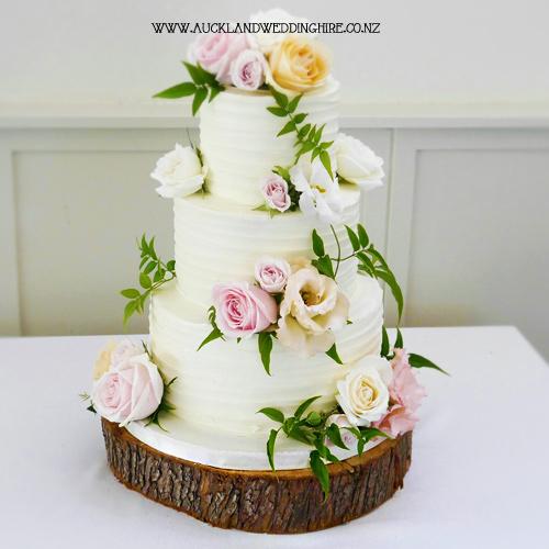 wood-slice-cake-stand-AWHD011-XL-lrg.jpg