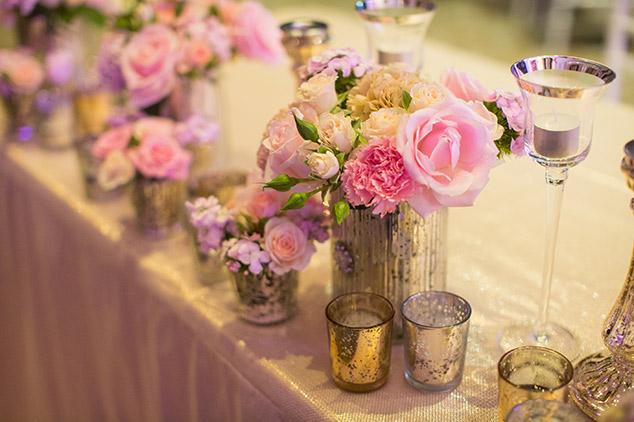 head-table-flowers-wedding-auckland-candles.jpg