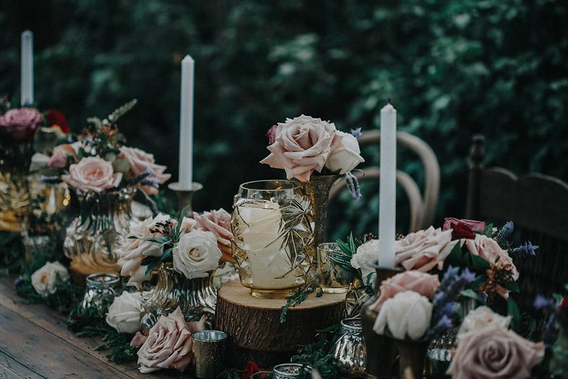gold-rustic-table-flowers-wedding-moody-auckland.jpg