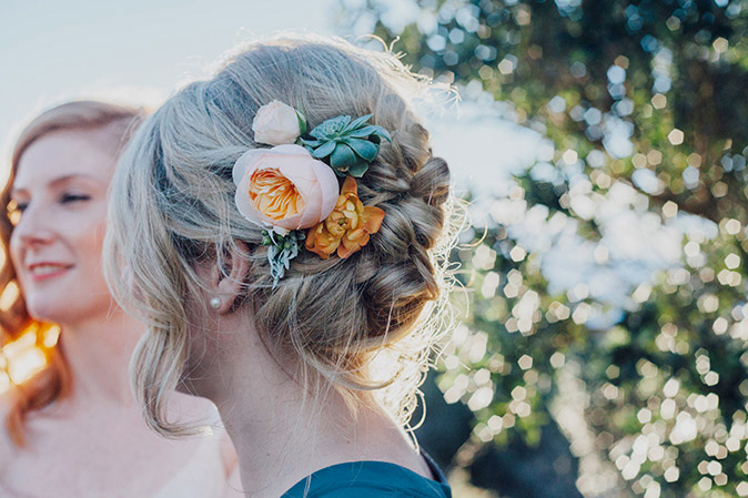 orange-hair-flowers-succulents-wedding-auckland.jpg