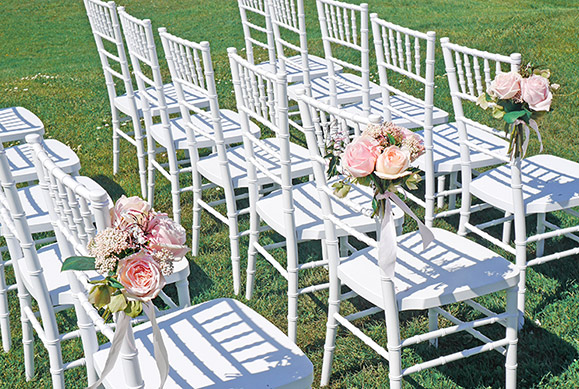 blush-flowers-aisle-chairs-roses-auckland-flowers-florist-wedding.jpg