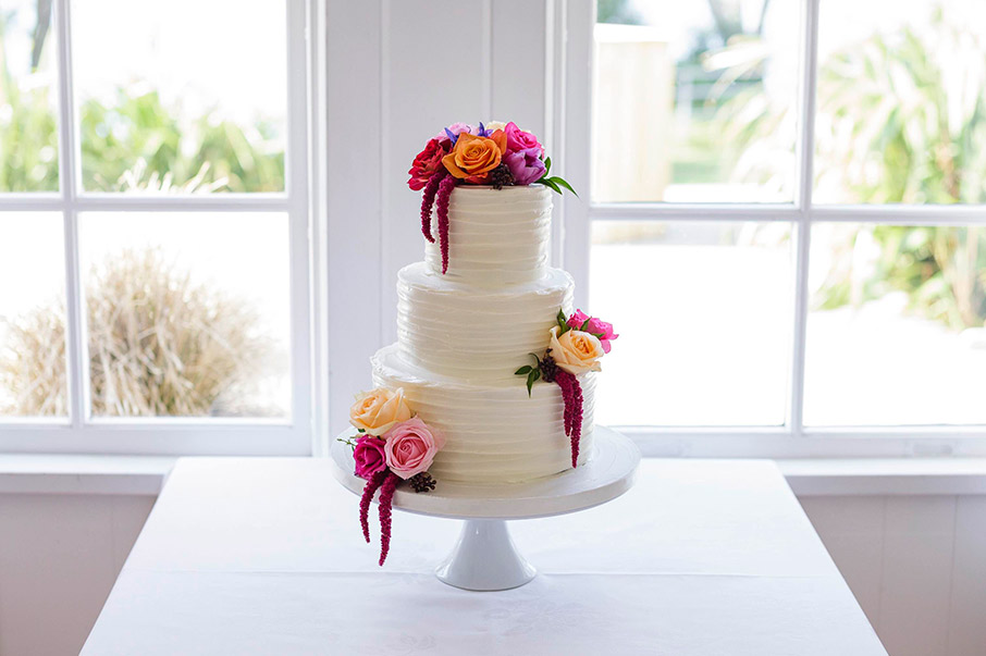 colourful-wedding-cake-flowers-auckland.jpg