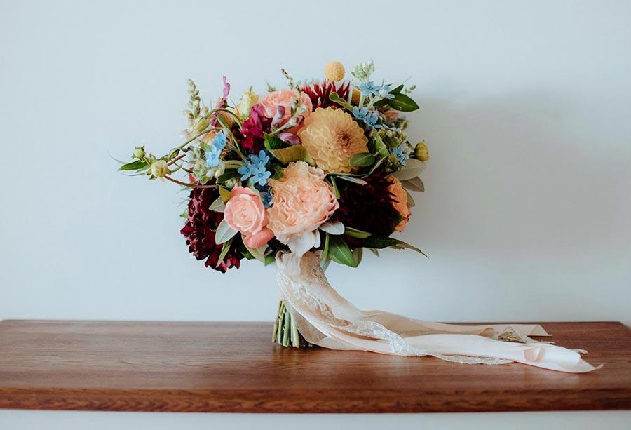 bright-bouquet-wedding-flowers-auckland.jpg