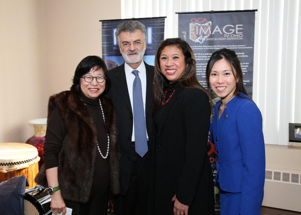 Fig 2 MayorJackson with 3 Wong Women