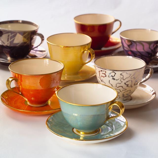 Flyttes : Bilde: Kopper med skål, porselen