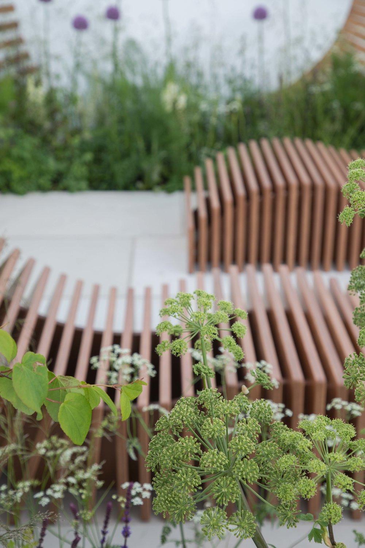 Another gold medal winning garden by designers Denis Kalashnikov & Ekaterina Bolotova; Molecular Garden