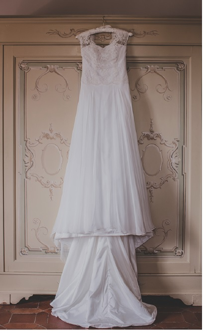 How To Travel With Your Wedding Dress Destination Weddings Tips