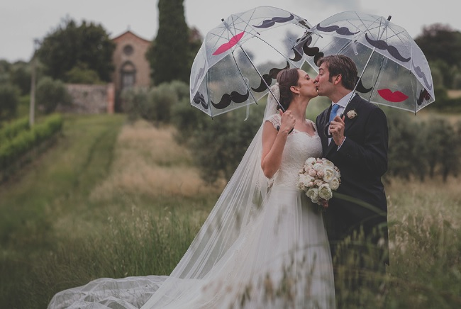 7 Tips For Planning A Small Courthouse Wedding: 7 Tips For A Wedding Weather Contingency Plan B