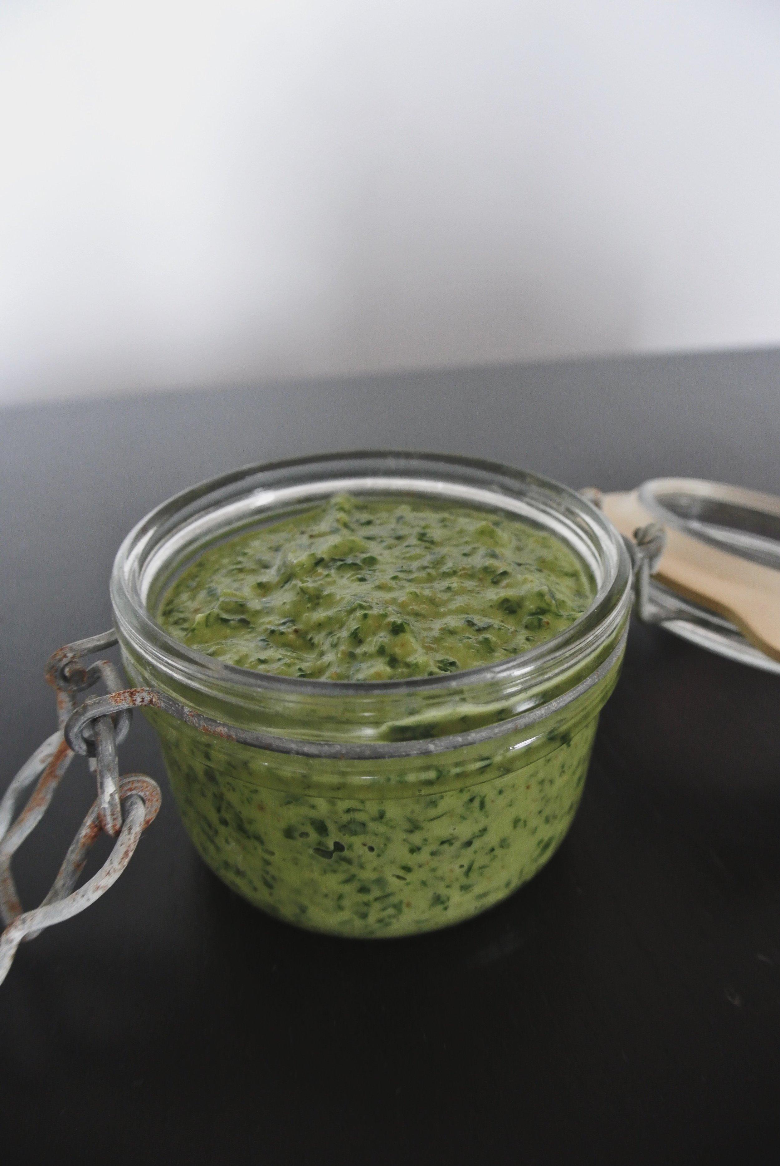 Wild Garlic & Spinach Pesto Recipe Foraged @ MelWiggins.Com