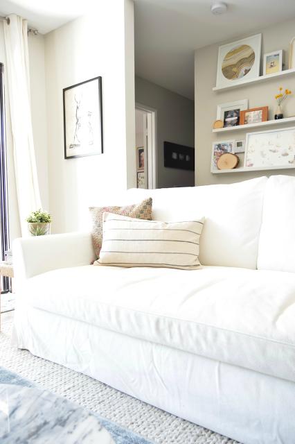 Farlov sofa.png