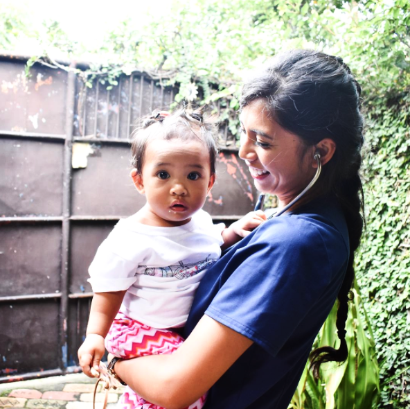 #RealCaregivers: @scrubsandstripes - There is something in the water, because Filipino babies are just the absolute cutest. I always get asked what speciality I'd like to be in someday and my answer automatically defaults to either OB/GYN or peds. The thought of spending my whole career seeing faces like these is the driving force for everything I do.