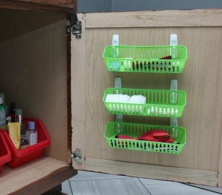 simple-storage-organization-ideas-bathroom-organization-3.jpg
