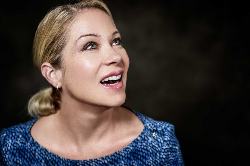 Christina-Applegate---Youth-In-Oregon-00081-1.jpg