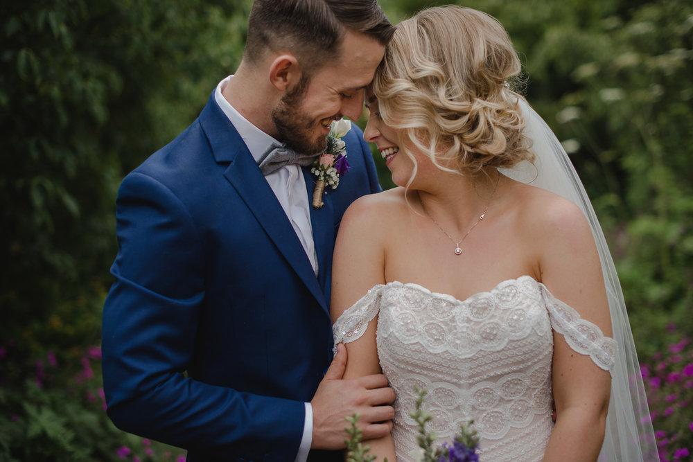 larchfield-estate-wedding-photographer-nothern-ireland-101.jpg