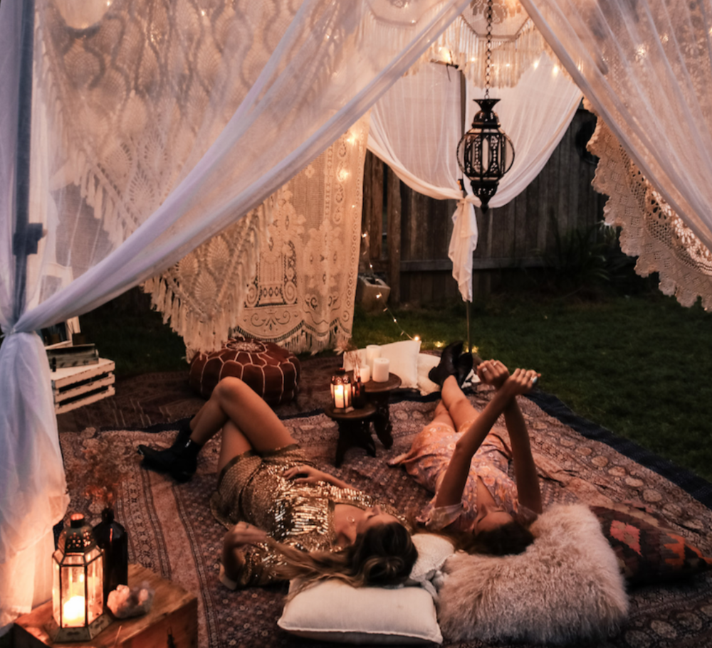 Gather in the reserved plush Moroccan themed common lounge for secret Air Stage headliner DJ sets- we'll be serving gourmet coffee there for you when morning rings and other special surprises!