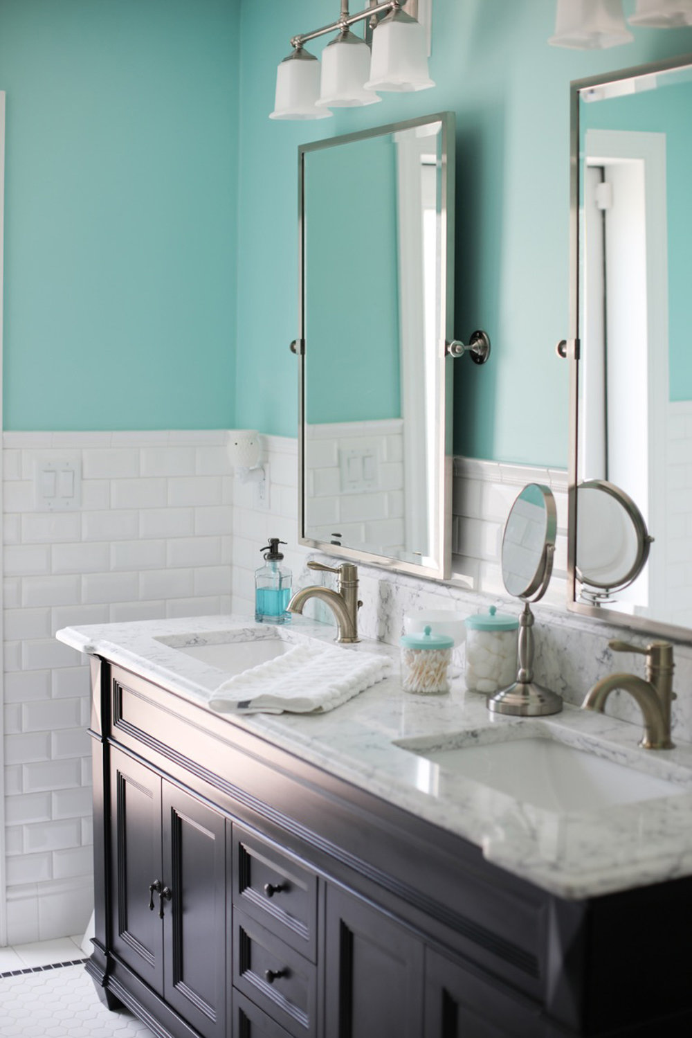 retro-bevel-subway-tile-bathroom-1.jpg