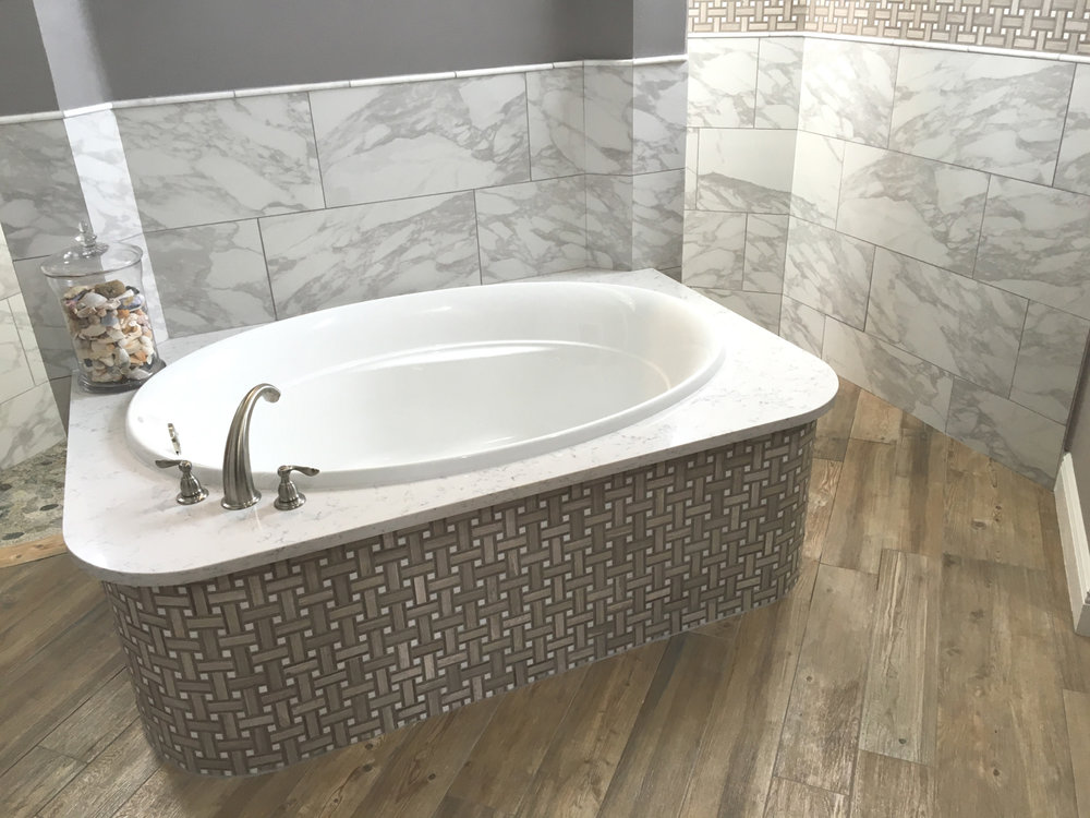 wood-tile-in-bathrooms-3.jpg