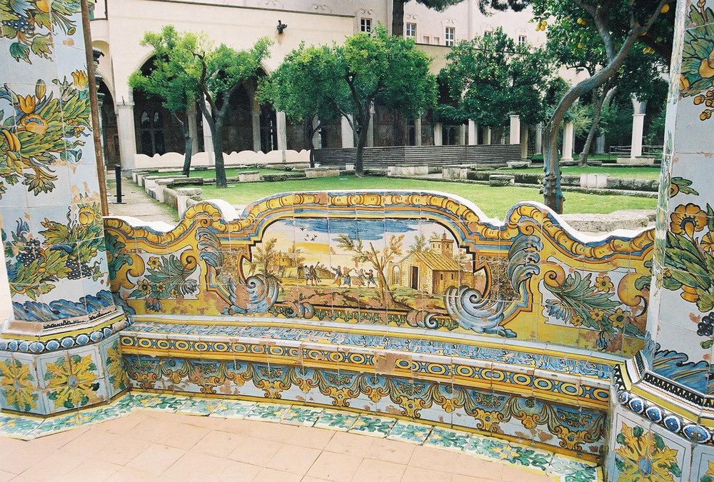 majoilica-tile-benches-1-santa-chiara.jpg