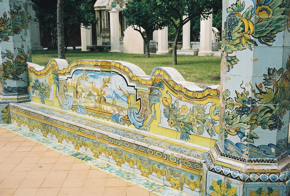 majoilica-tile-benches-2-santa-chiara.jpg