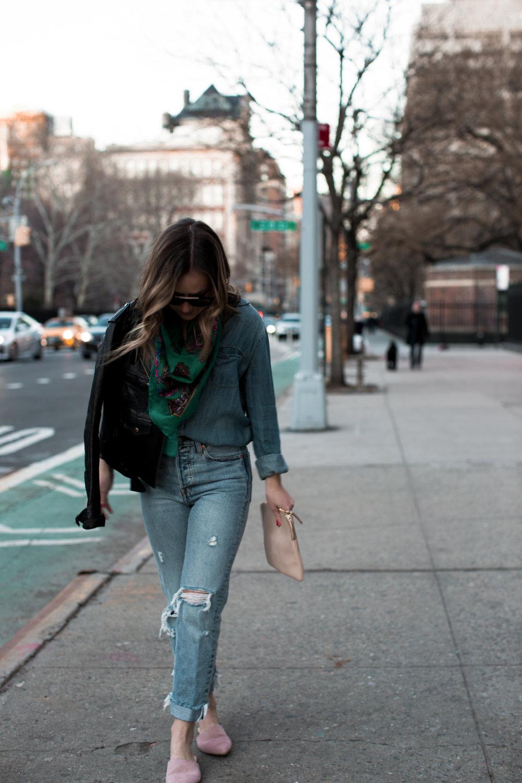 fizz-fade-green-vintage-scarf-3.jpg