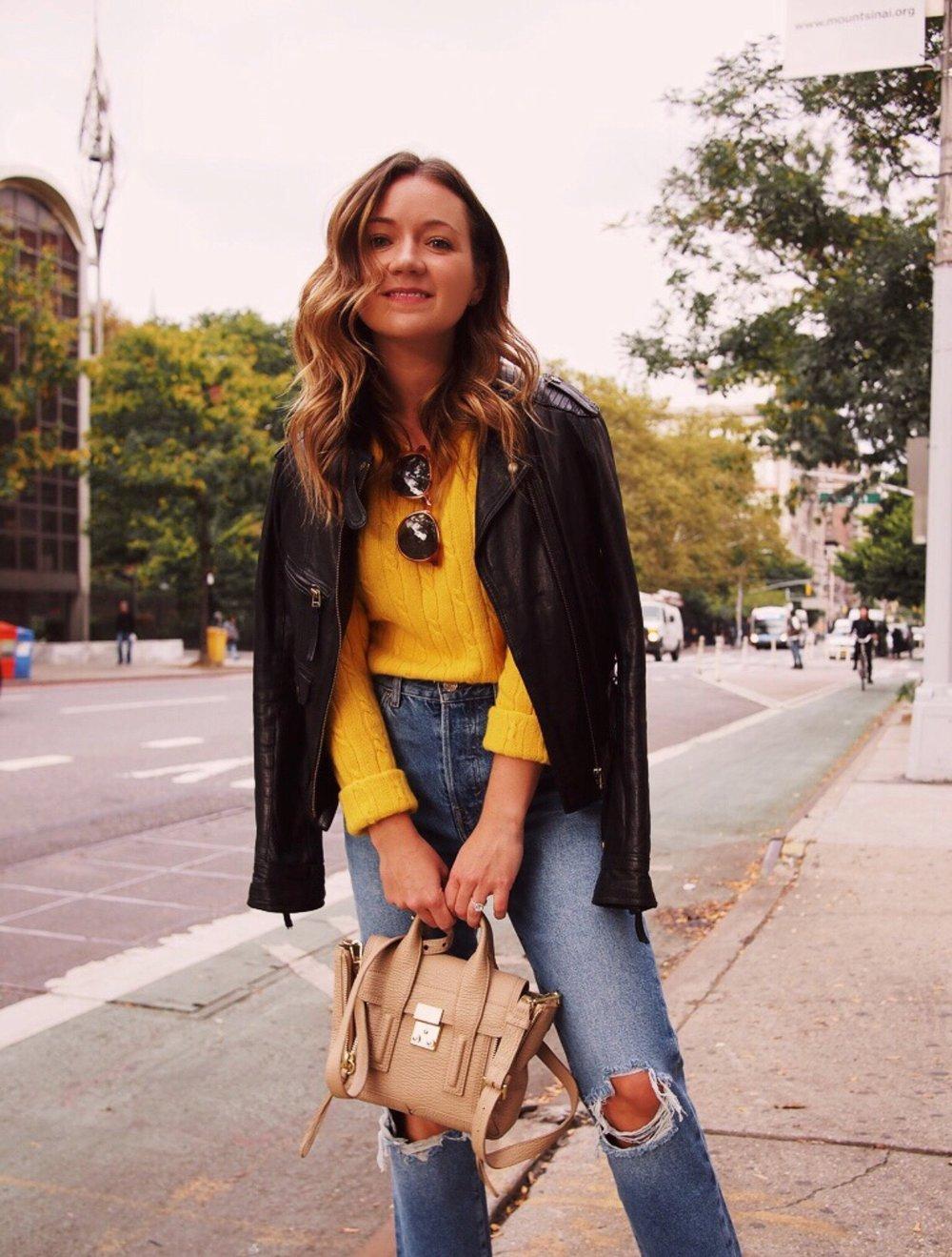 Fizz-fade-yellow-sweater.JPG
