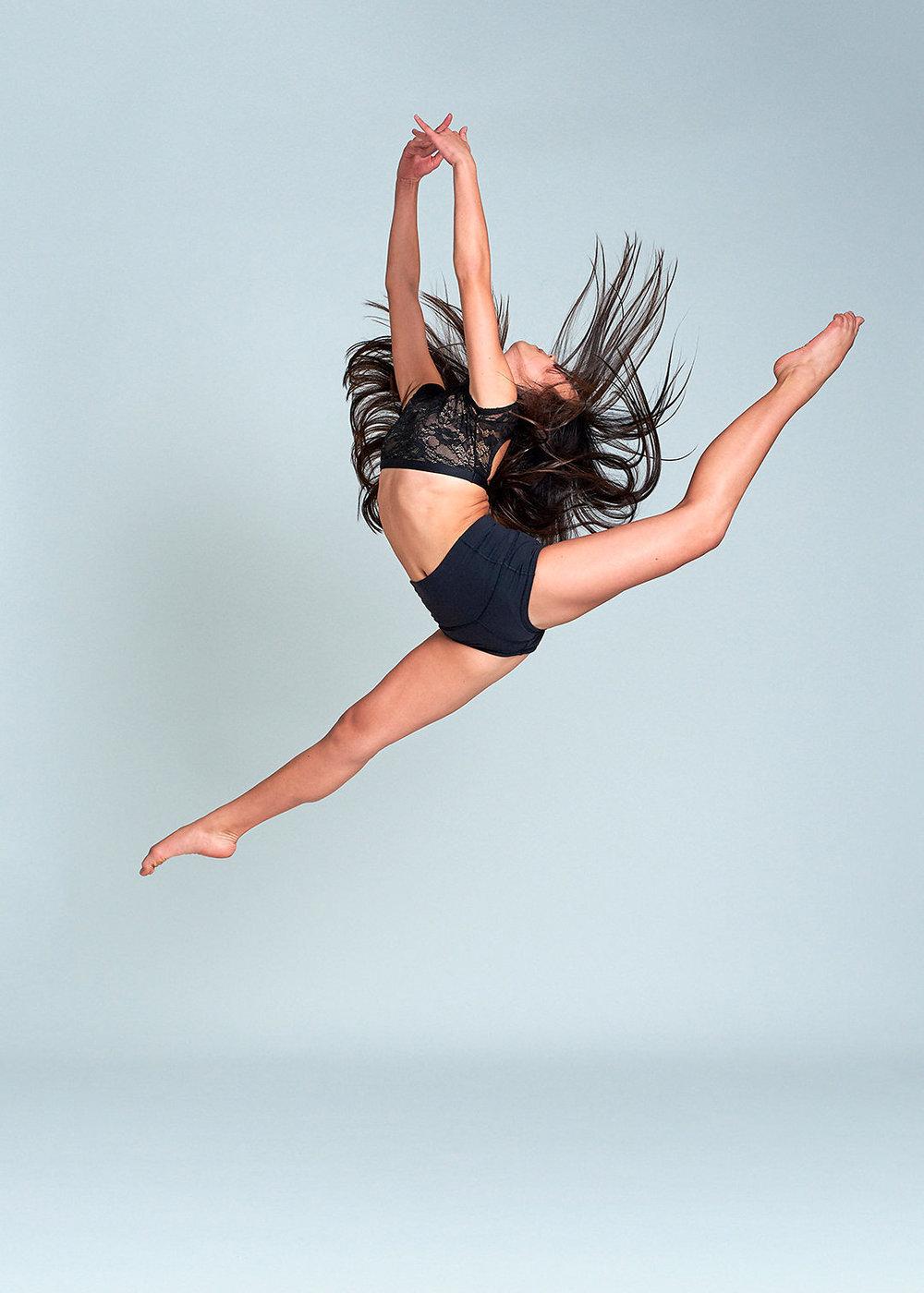DANCE & MOVEMENT -