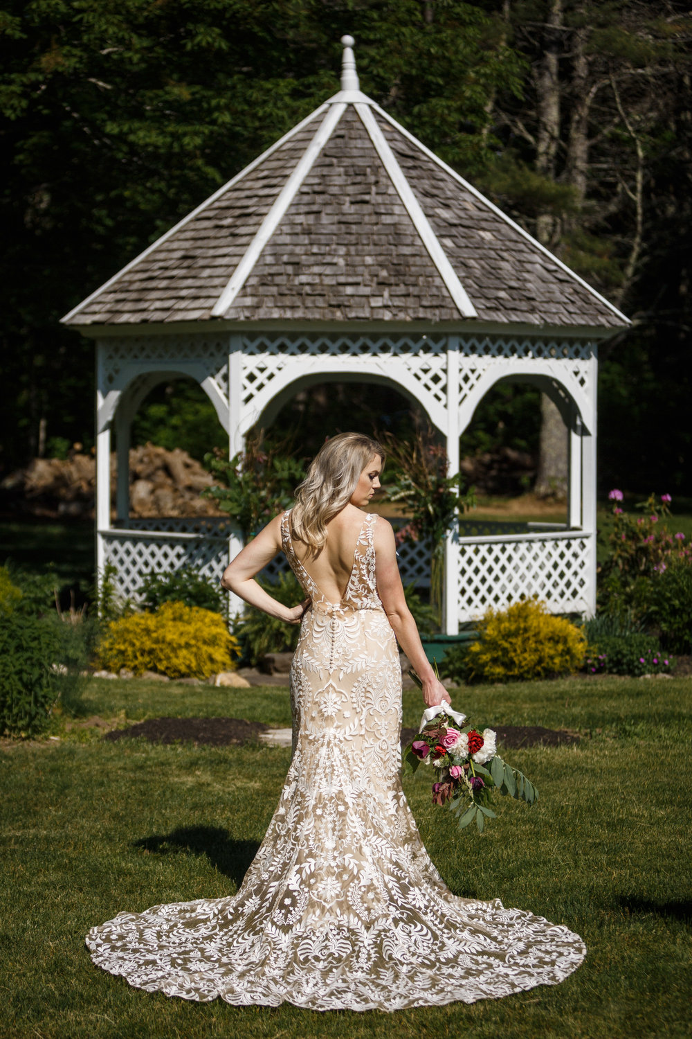 87_maple_moon_farm_lulu_and_co_inspiration_shoot_lebanon_maine_wedding_photographer_whitney_j_fox_8776.jpg