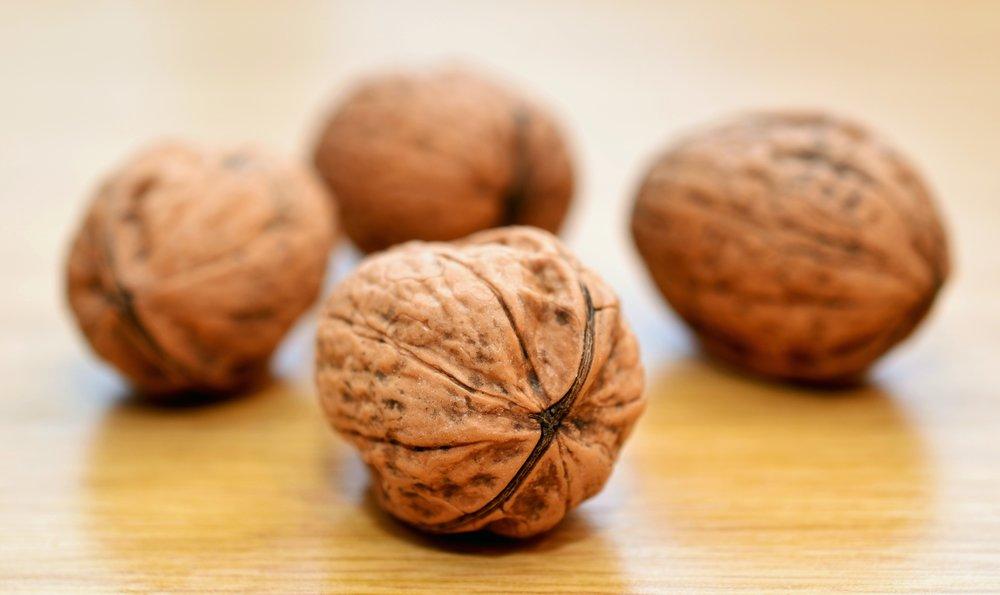 pexels-walnuts-nuts-healthy-shell-45211.jpeg