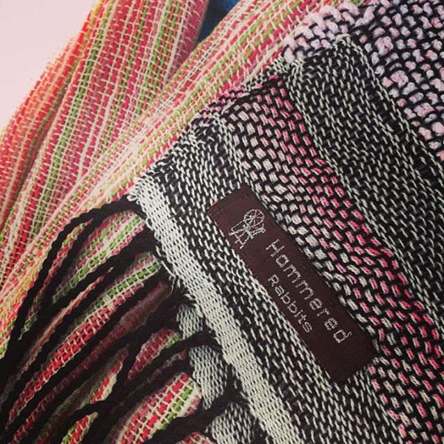 Your handwoven heirloom now comes with a fancy little tag so you can brag to your friends! Come and see us at the Mt Lawley Farmers Market from 9-1 today!  #supportlocal #supportlocalartists #localartists #mynewjob #saori #weaving #entrepreneur #hammeredrabbits #artasstyle #fiberart #fiberartist #fibreart #fibreartist #handspun #handspinning #madebyme #handmade #artyarn #artknit #artknits #wearableart #sparkle #smallbusiness #perthmade #madeinPerth #perthcreative #perthcreatives