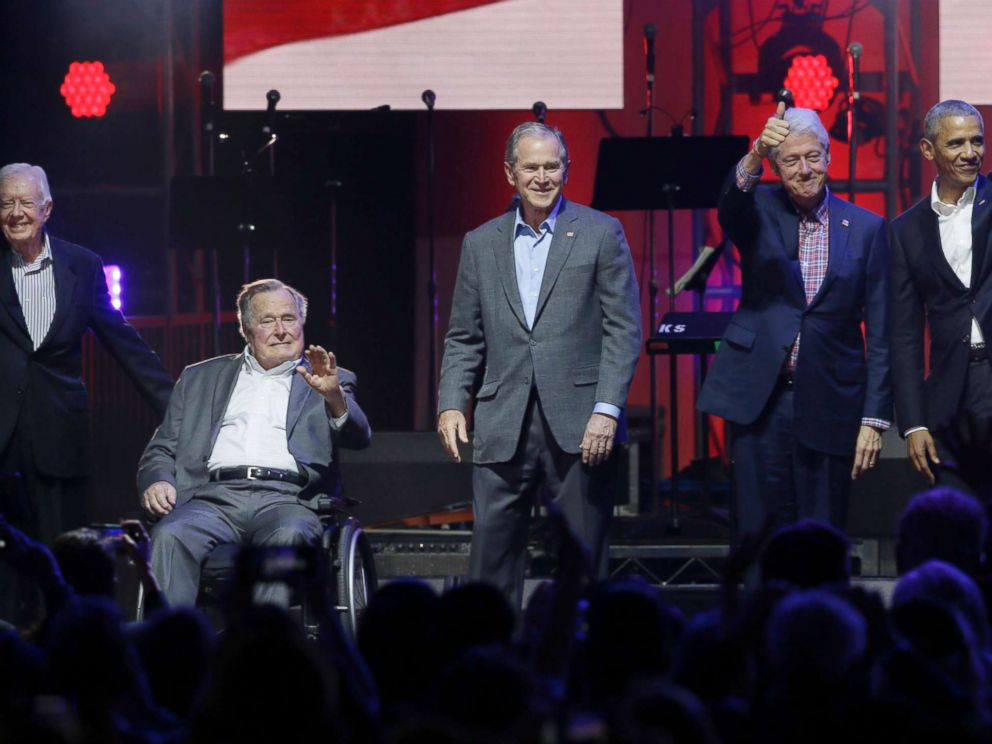 hurricane-benefit-concert-presidents-03-ap-jef-171021_4x3_992.jpg