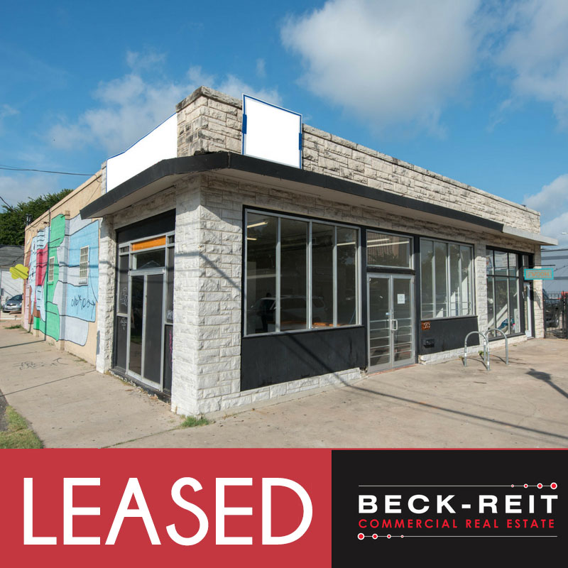 913 E. Cesar Chavez - LEASED BY JEREMY AVERA AND DELEA BECKER