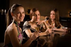3 women at bar