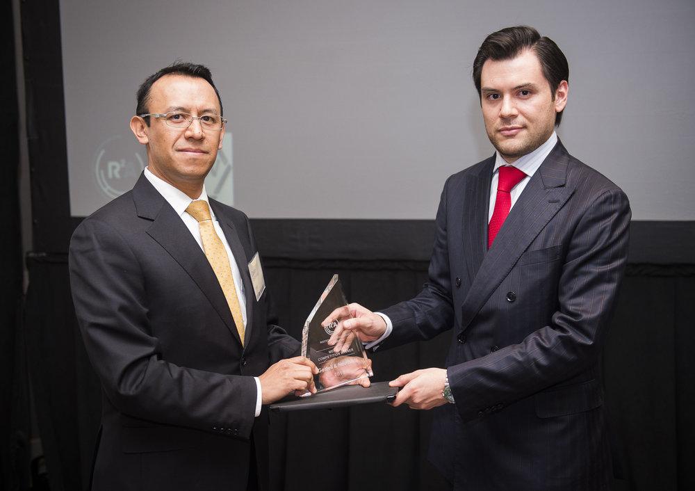 From left: Cesar Cid Contreras (Comisión Nacional Bancaria y de Valores) and Jesús Saenz Pereda (Gestell)