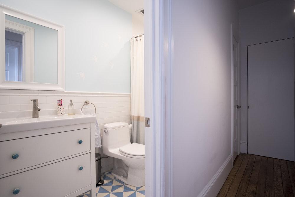 19-OLV-Bath.jpg