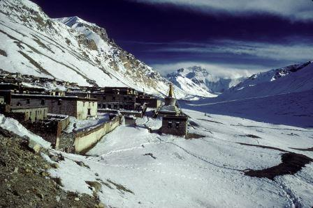 1987 pillaged Rongbuk Monastery, Tibet.jpg