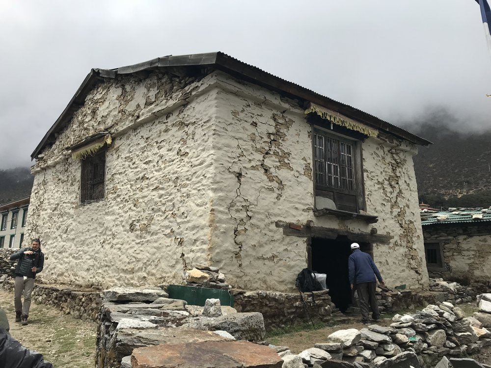 Gompa exterior highlighting earthqake damage (1)