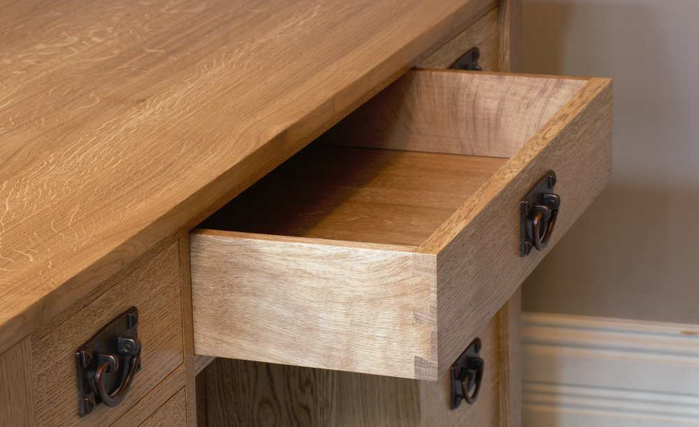 Heliconia_Furniture_Arts&Crafts_Desk_Detail_DrawersMiddle.jpg